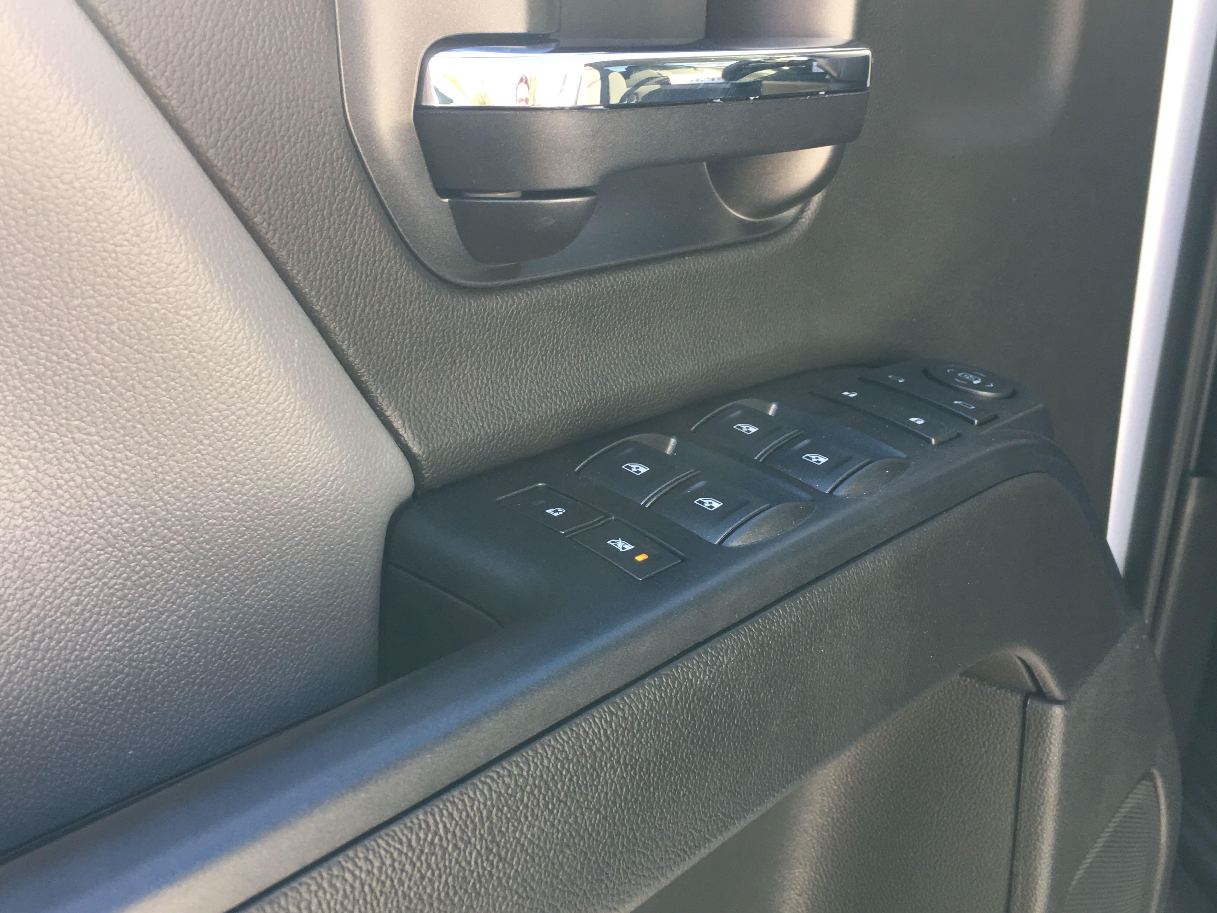 2019 Chevrolet Silverado 5500 Crew Cab DRW 4x2, Knapheide KUVcc Service Body #2127P - photo 6