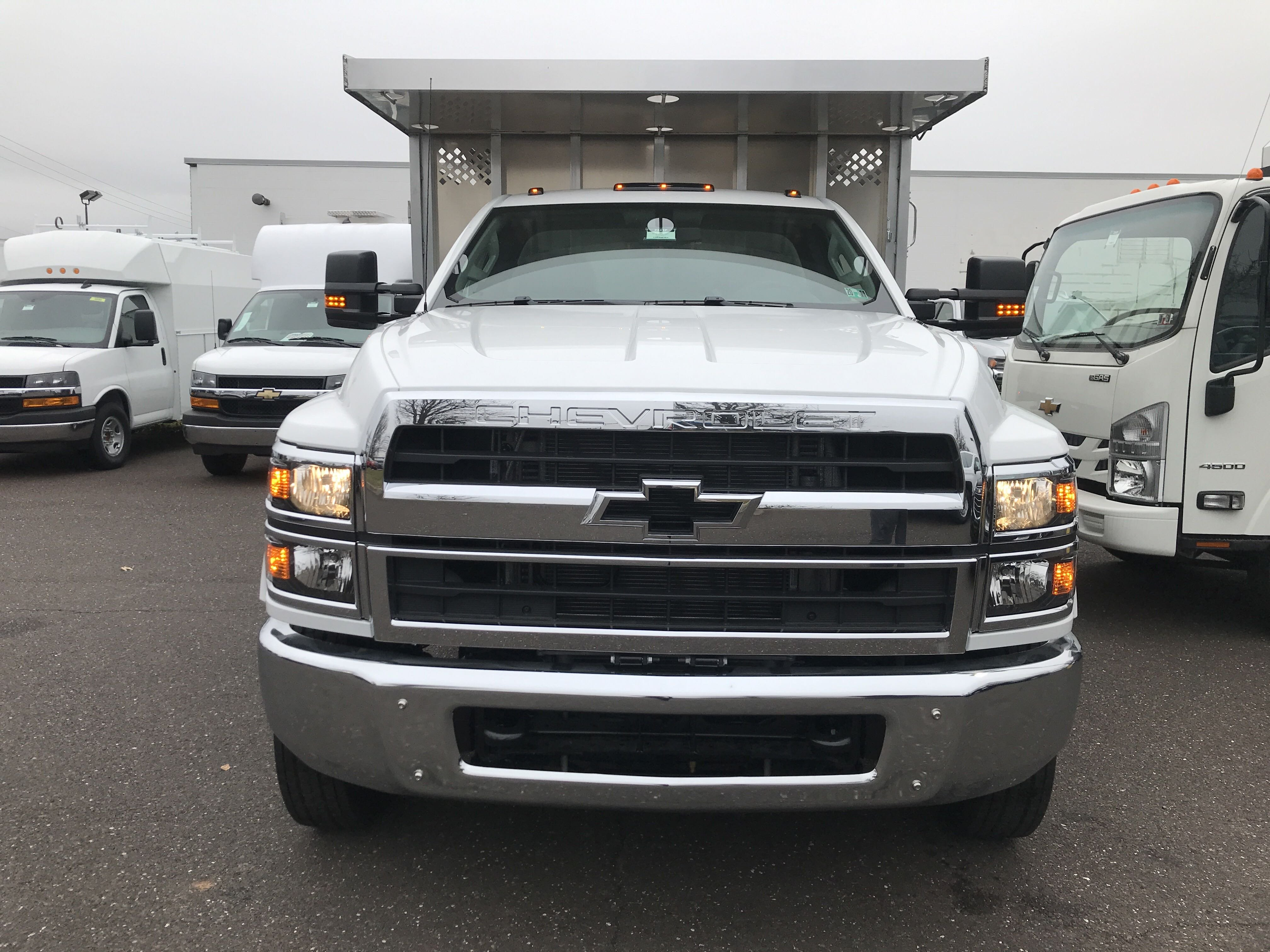 2019 Chevrolet Silverado 5500 Regular Cab DRW 4x2, Dejana MAXScaper Landscape Dump #2241P - photo 3