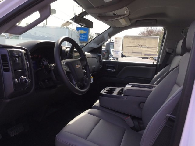2018 Silverado 2500 Double Cab, Reading SL Service Body #9908N - photo 10