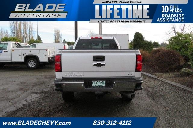 2018 Silverado 3500 Crew Cab 4x4,  Pickup #10310 - photo 25