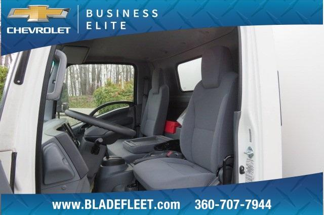 2016 LCF 3500HD Regular Cab 4x2,  Morgan NexGen Insulated Dry Freight #10311 - photo 18