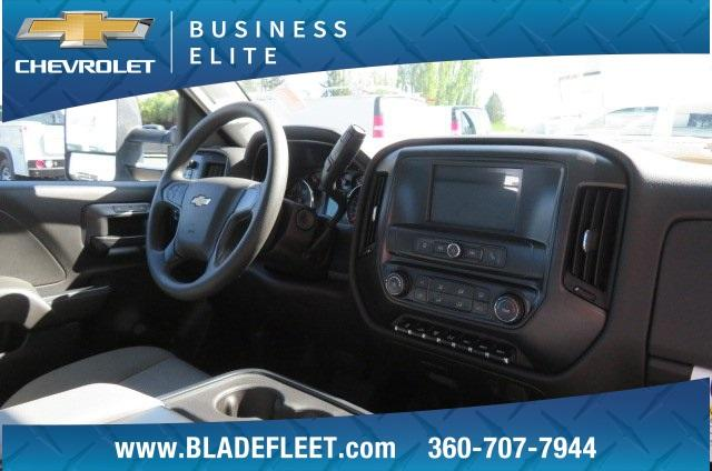 2018 Silverado 3500 Regular Cab DRW 4x2,  Knapheide Contractor Body #10652 - photo 23