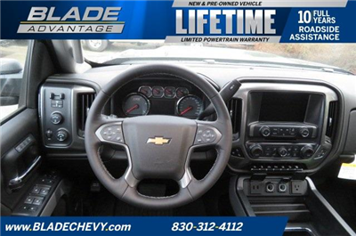 2018 Silverado 3500 Crew Cab 4x4, Pickup #10712 - photo 24