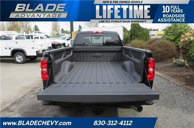 2018 Silverado 3500 Crew Cab 4x4, Pickup #10712 - photo 27