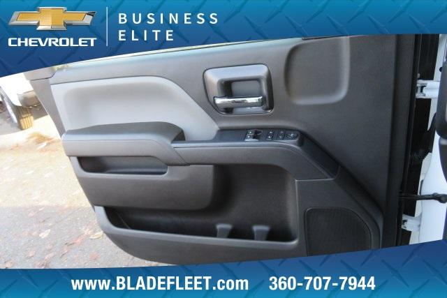 2018 Silverado 3500 Regular Cab DRW 4x4,  Knapheide Platform Body #11478 - photo 22