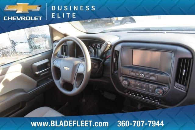 2018 Silverado 3500 Regular Cab DRW 4x4,  Knapheide Platform Body #11478 - photo 25