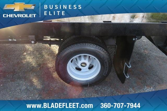 2018 Silverado 3500 Regular Cab DRW 4x4,  Knapheide Platform Body #11478 - photo 4