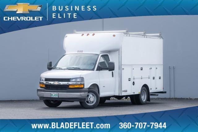 2020 Chevrolet Express 3500 RWD, Cutaway #13332 - photo 1