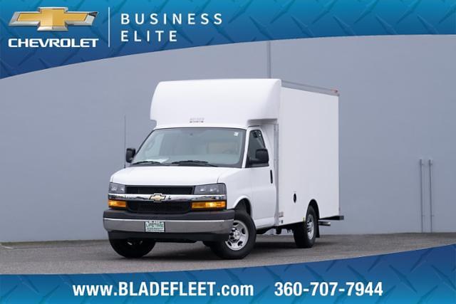 2020 Chevrolet Express 3500 4x2, Heiser Cutaway Van #13458 - photo 1