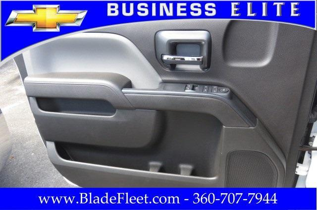 2017 Silverado 3500 Regular Cab DRW, Knapheide Value-Master X Platform Body #9533 - photo 20