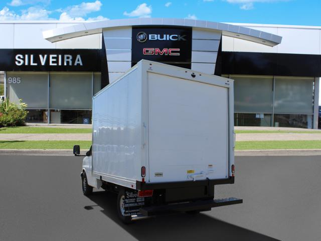 2018 GMC Savana 3500 4x2, Supreme Iner-City Cutaway Van #3181011 - photo 10