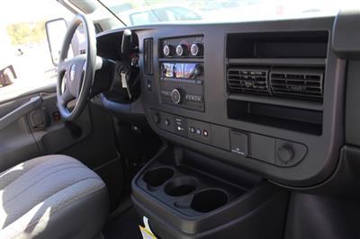 2018 GMC Savana 3500 4x2, Supreme Iner-City Cutaway Van #3181011 - photo 7