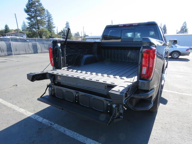 2020 GMC Sierra 1500 Crew Cab 4x4, Pickup #3200712 - photo 9