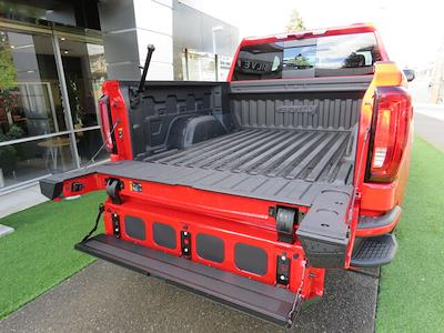 2021 GMC Sierra 1500 Crew Cab 4x4, Pickup #3210199 - photo 7