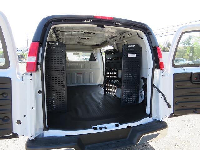 2021 GMC Savana 2500 4x2, Knapheide Upfitted Cargo Van #3210375 - photo 2