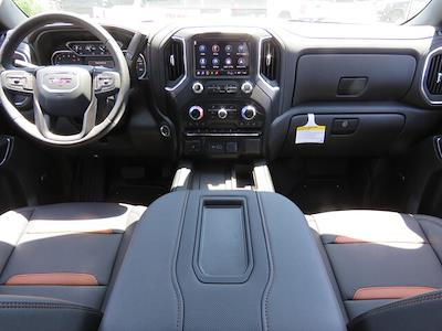 2021 GMC Sierra 1500 Crew Cab 4x4, Pickup #3210479 - photo 3