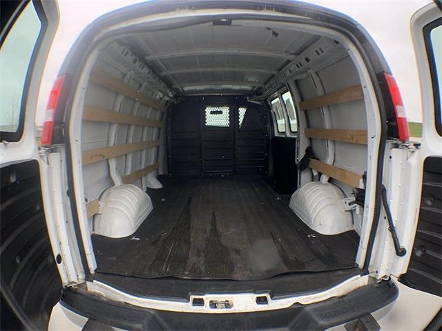 2018 GMC Savana 2500 4x2, Empty Cargo Van #A15469 - photo 1