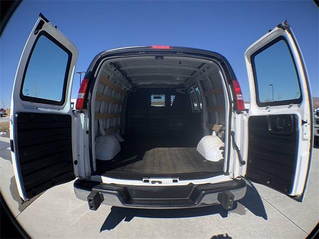 2018 GMC Savana 2500 4x2, Empty Cargo Van #A15470 - photo 1
