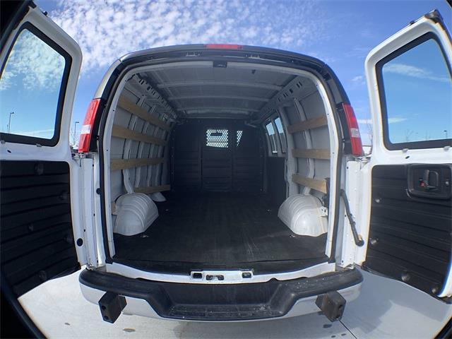 2018 GMC Savana 2500 4x2, Empty Cargo Van #A15482 - photo 1