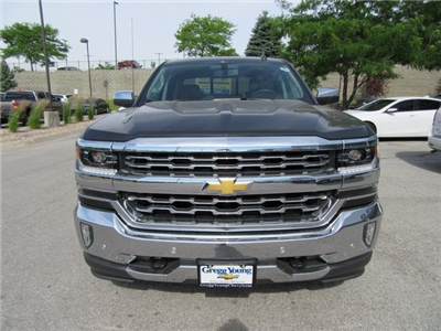 2017 Silverado 1500 Crew Cab 4x4 Pickup #C19638 - photo 4