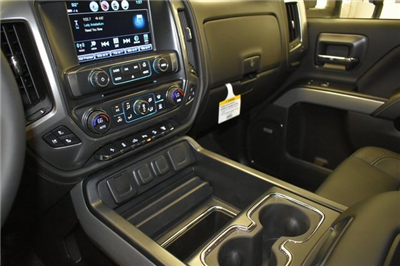 2018 Silverado 3500 Crew Cab 4x4 Pickup #C20064 - photo 54