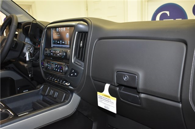 2018 Silverado 3500 Crew Cab 4x4 Pickup #C20064 - photo 62