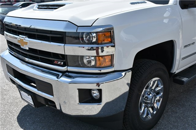 2018 Silverado 3500 Crew Cab 4x4 Pickup #C20064 - photo 7