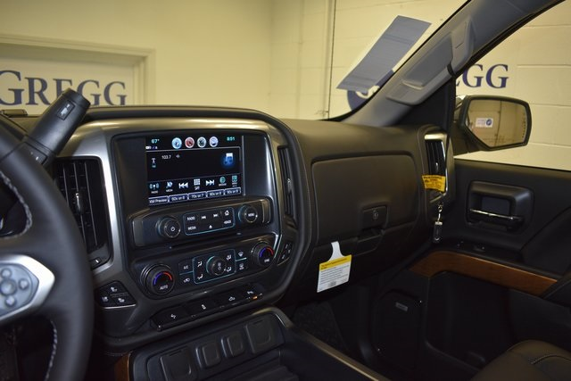2018 Silverado 1500 Crew Cab 4x4, Pickup #C20079 - photo 65