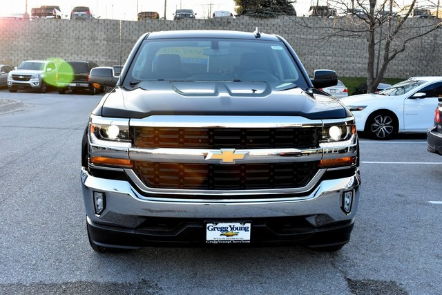 2018 Silverado 1500 Crew Cab 4x4 Pickup #C20080 - photo 3
