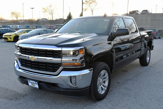 2018 Silverado 1500 Crew Cab 4x4 Pickup #C20080 - photo 4