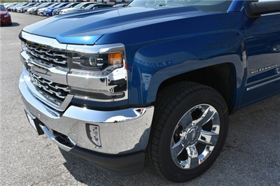 2018 Silverado 1500 Crew Cab 4x4 Pickup #C20157 - photo 10
