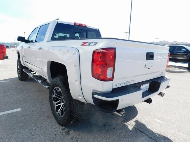 2018 Silverado 1500 Crew Cab 4x4,  Pickup #C20783 - photo 9