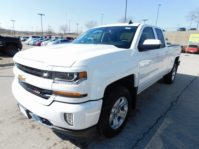 2018 Silverado 1500 Double Cab 4x4, Pickup #C20821 - photo 5