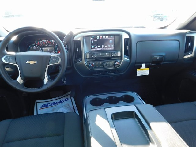 2018 Silverado 1500 Crew Cab 4x4,  Pickup #C20876 - photo 24