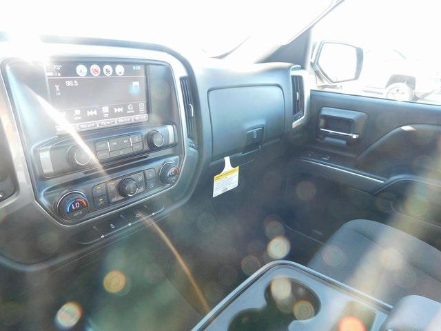 2018 Silverado 1500 Crew Cab 4x4,  Pickup #C20876 - photo 32