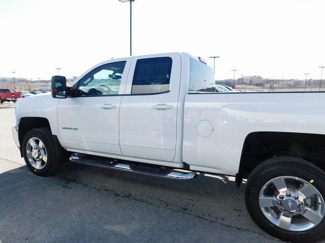 2018 Silverado 2500 Double Cab 4x4,  Pickup #C20880 - photo 5