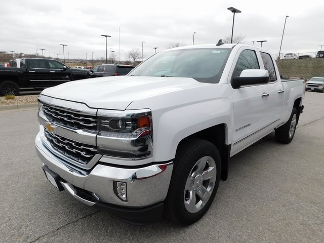 2018 Silverado 1500 Double Cab 4x4,  Pickup #C20881 - photo 3