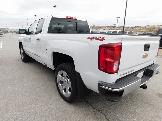 2018 Silverado 1500 Double Cab 4x4,  Pickup #C20881 - photo 4