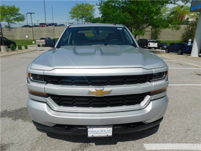 2018 Silverado 1500 Double Cab 4x4, Pickup #C20947 - photo 4