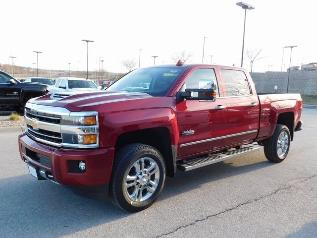 2018 Silverado 2500 Crew Cab 4x4, Pickup #C20965 - photo 3