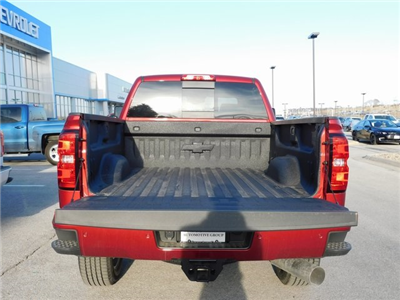 2018 Silverado 2500 Crew Cab 4x4, Pickup #C20965 - photo 13