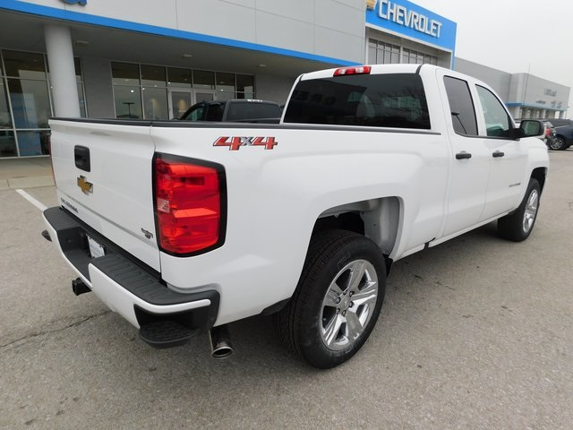 2018 Silverado 1500 Double Cab 4x4,  Pickup #C20992 - photo 2
