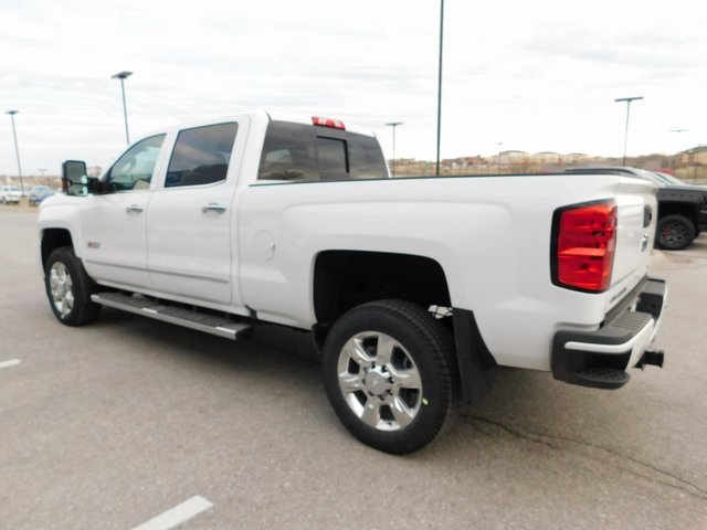 2018 Silverado 2500 Crew Cab 4x4,  Pickup #C21175 - photo 4