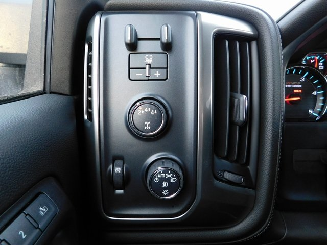 2018 Silverado 2500 Crew Cab 4x4,  Pickup #C21175 - photo 37