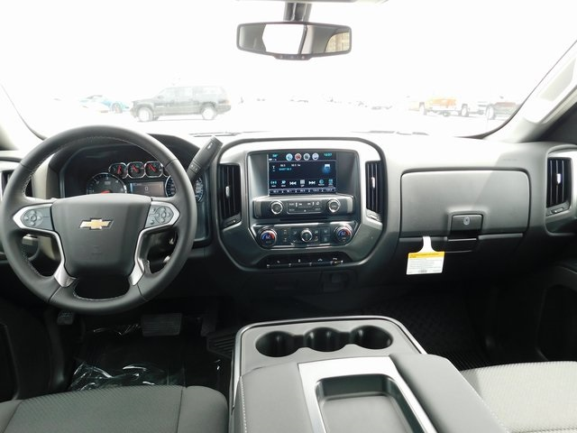 2018 Silverado 1500 Double Cab 4x4,  Pickup #C21403 - photo 24