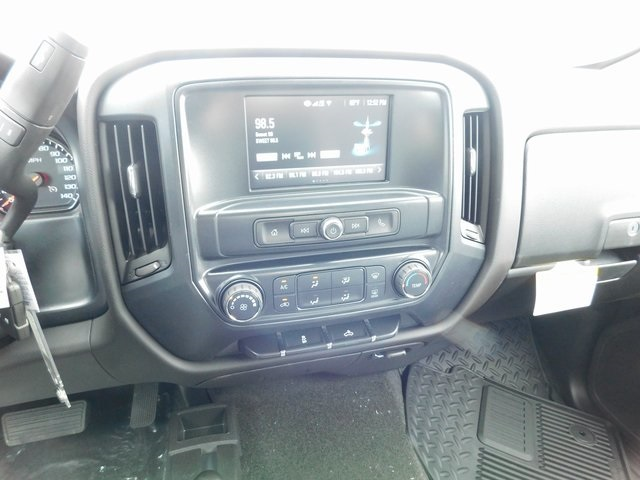 2018 Silverado 1500 Crew Cab 4x4, Pickup #C21521 - photo 30