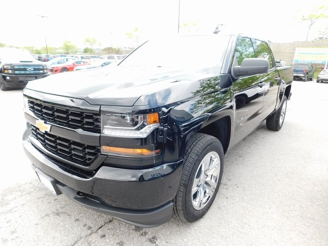 2018 Silverado 1500 Crew Cab 4x4, Pickup #C21521 - photo 5