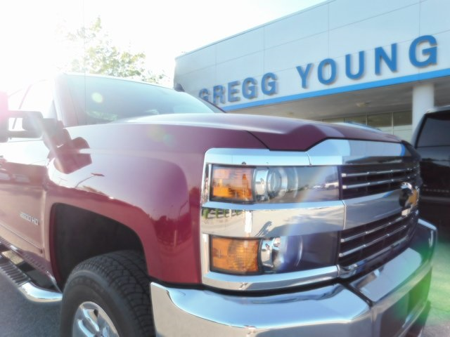 2018 Silverado 2500 Double Cab 4x4,  Pickup #C21609 - photo 18