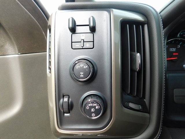2018 Silverado 2500 Crew Cab 4x4,  Pickup #C21702 - photo 36