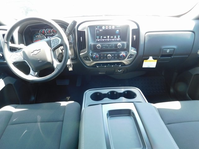 2018 Silverado 1500 Crew Cab 4x4,  Pickup #C21834 - photo 24